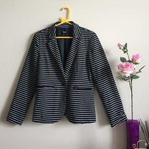 Apt 9 blazer! Size-M